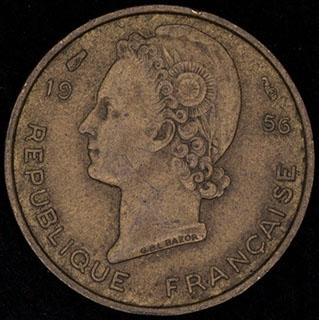 Французская Западная Африка. 5 франков 1956 г. Медно-алюминиевый сплав