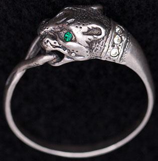 Кольцо с пантерой. Серебро, стразы