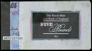 Великобритания. Лот из монеты и банкноты 1996 г. «70 лет со дня рождения Королевы Елизаветы II». 2 шт. В оригинальной упаковке