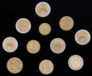 Аргентина. Лот из монет 1975-2010 гг. 11 шт.