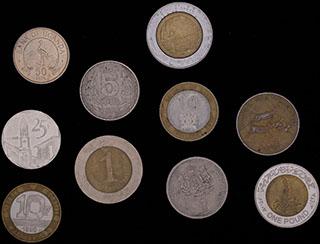 Лот из иностранных монет 1976-2010 гг. 10 шт.