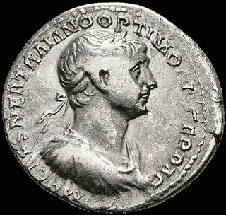 Римская империя. Траян. Денарий 114-117 гг. RIC 338. Серебро