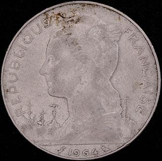 Реюньон. 100 франков 1964 г. Никель