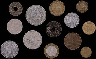 Франция. Лот из монет 1922-1990 гг. 13 шт.