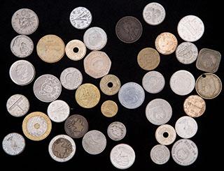 Лот из иностранных монет ХХ в. 38 шт.