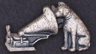 Великобритания. Знак торговой марки HMV. Металл белого цвета
