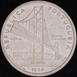 Португалия. 20 эскудо 1966 г. «Открытие моста Антониу Салазара». Серебро