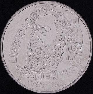 Бразилия. 5 000 крузейро 1992 г. «200 лет со дня смерти Тирадентиса». Нержавеющая сталь