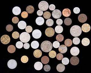 Лот из иностранных монет ХХ в. 50 шт.