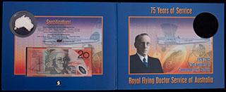 Австралия. Лот из банкноты и монеты 2003 г. «75-летие Королевской Службы «Летающий Доктор». 2 шт. В оригинальной упаковке