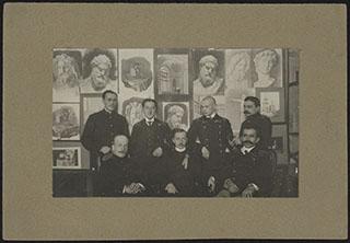 Групповая фотография с выставки строительской секции