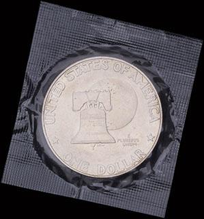 США. 1 доллар 1976 г. «200 лет независимости США». Серебро. В оригинальной упаковке
