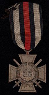 Германия. «Почетный крест Первой мировой войны 1914-1918». Бронза. На оригинальной ленте