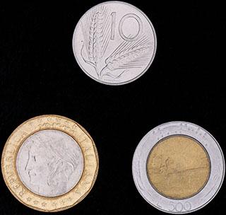 Италия. Лот из монет 1976-1997 гг. 3 шт.