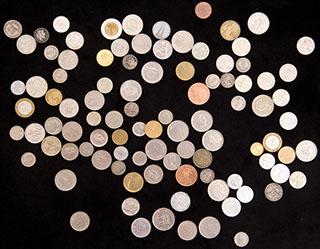 Лот из иностранных монет 1910-2010 гг. 98 шт.